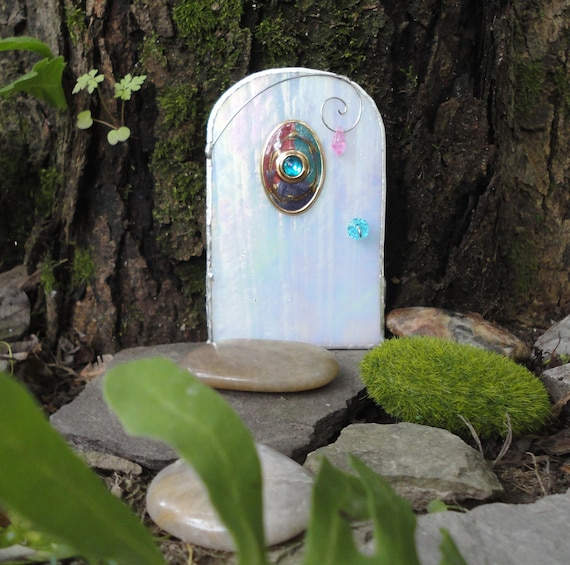 Fairy door white iridescent stained glass by jewelsinthegarden for White fairy door