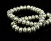 KK-020 Thai karen hill tribes silver 22 daisy print mini spacer bead