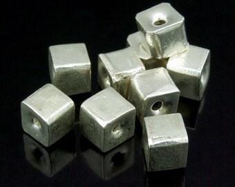 KV-021 thai karen hill tribe silver 6 small plain cube bead