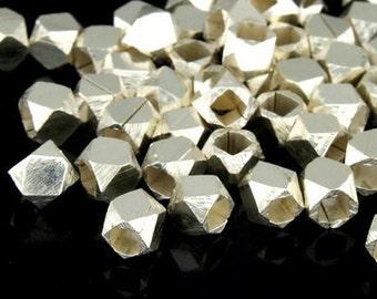 KL-046 thai karen hill tribe handmade silver 15  facet bead