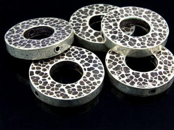 KV-041 thai karen hill tribe silver 1 hammered round coin bead
