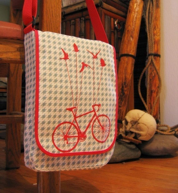 Red with Houdstooth Flying Bike Messenger