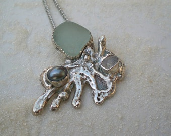 Seafoam Seaglass Octopus Pendant with Rainbow Moonstone and Black Freshwater Pearl in Pure Silver