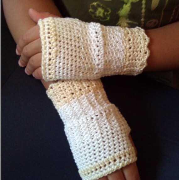 4 Free Crochet Mittens & Crochet Fingerless Gloves Patterns