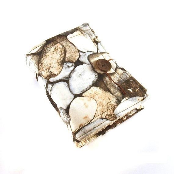 Fabric journal, Stones