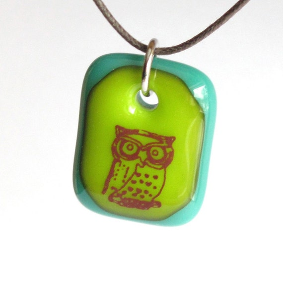 Green Owl Pendant. Woodland Jewelry. A fused glass pendant necklace.