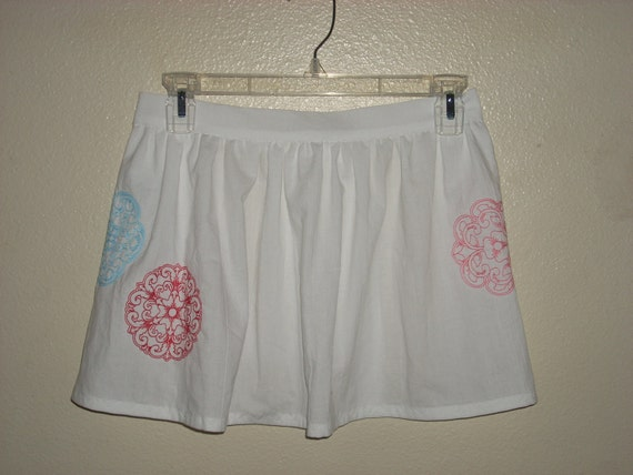 Floral and Swirled Medallion Embroidered Half Apron Girls Size 6-10