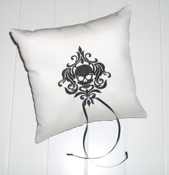Goth Skull Ring Bearer Pillow 2