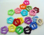 Opaque tiny flower buckle for Barbie, Blythe and dolls assorted color 20 pcs - assorted color
