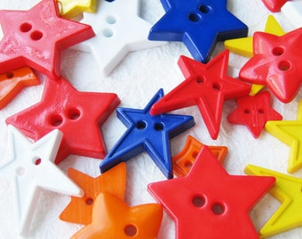 30 pcs 2 hole star buttons assorted size and color 11 - 40 mm. Set1