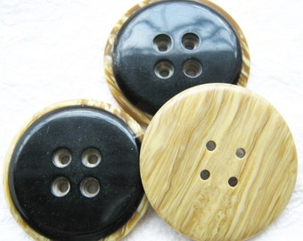 4-hole Jumbo wood look a like in jet black Buttons 34 mm. - 10 pcs