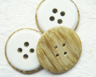 4-hole Jumbo wood look a like in milky cream Buttons 34 mm. - 10 pcs
