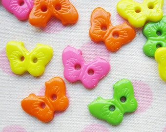 2 hole Butterfly button -  18 pcs