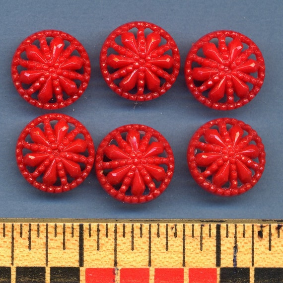 Set of 15 1940s Dress Buttons RED Pierced Design  5/8 inch size 8447