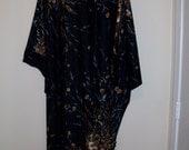 Vintage - Dramatic 1960's Black Floral Caftan