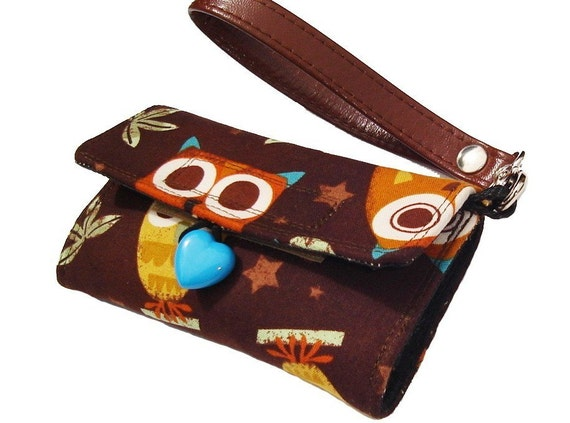 Owl cell phone case - iPhone4 wallet - Samsung -  window phone - smartphone holder - wristlet - gadget case - heart button