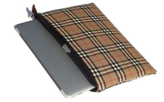 Laptop sleeve Macbook pro 15 inch  tartan plaid non scratch zippered