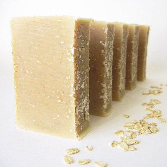 Organic Honey & Oats Exfoliating Soap with Avocado Oil and Shea Butter