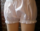 RESERVED FOR CONWOO Knee Length Bloomer Shorts