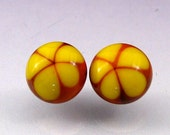 Glass Cabochon earring set -- Canary Daisies