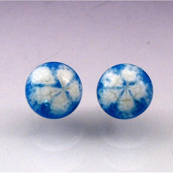 Glass Cabochon earring set -- Danish Daisy