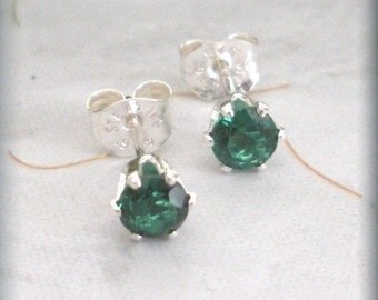 May Birthstone Earrings Emerald Stud Earings Sterling Silver Post (SE833)