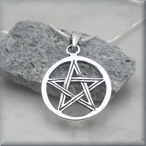 Silver Pentagram Necklace Pentacle Pendant Jewelry Sterling Silver Pagan Wiccan (SN654)
