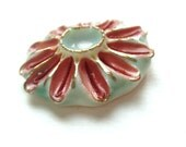 Porcelain  Pendant with Glass - Red Daisy