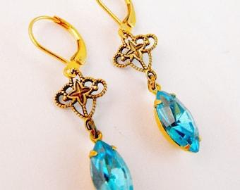 Stunning Sapphire Blue Teardrop Drop Earrings