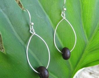 Redonda Ecofriendly Earrings - sterling silver and palma seed hoop earrings