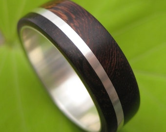 Size 10.75, 8mm READY TO SHIP Solsticio Nacascolo - sustainable wood and recycled sterling ring