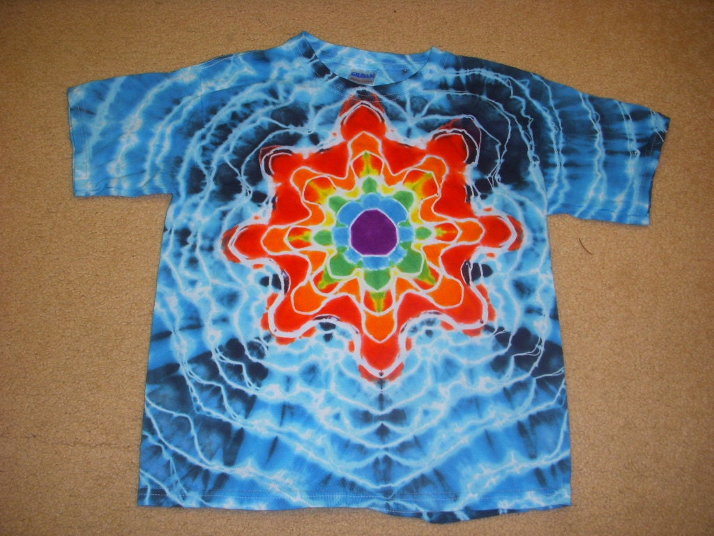 Ym tie dye t shirt mandala design youth medium 10 12 for Tie dye t shirt patterns