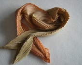 Salmon pleated scarf
