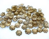 24 Vintage Brass Flower Beadcaps