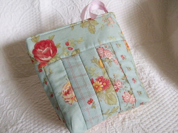 Little Quilted Case, Belt Loops, Something Blue, Shabby Chic, zipper pouch, small clutch purse, blue, FREE SHIPPING