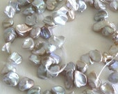 SALE 1 Strand 8-11mm Blister Natural Freshwater Pearl Beads Purple Cornflake b1413