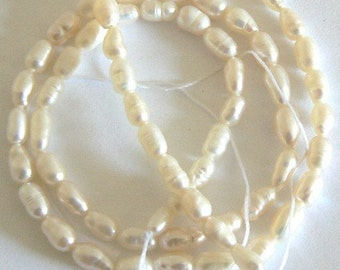 16inch 5-6mm Natural Freshwater Pearl Rice Beads Ivory b1959