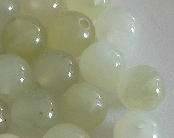 SALE 20 8mm Natural Green Jade Round Beads