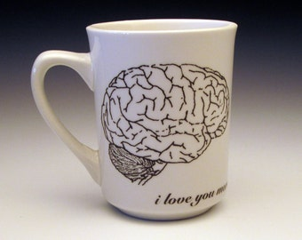 zombies love brains Classic Mug
