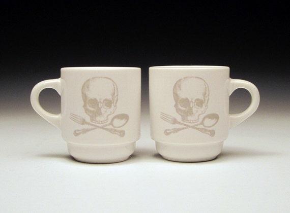 set of 2 skull and cross utensils Espresso cups in GHOSTIE GREY