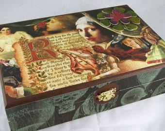 Vintage Renaissance Box