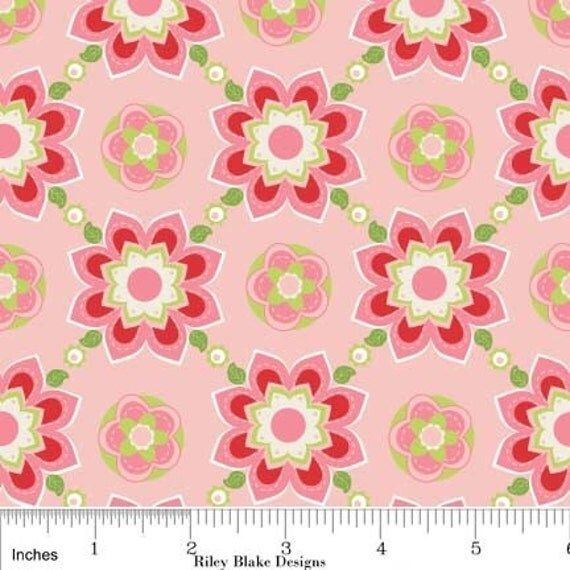 "27"" end of bolt piece - CLEARANCE Sugar and Spice - Pink Sugar Floral: C6112  - quilting fabric by Quilted Fish for Riley Blake"