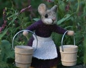 Little Mouse Sculpture - needle felted