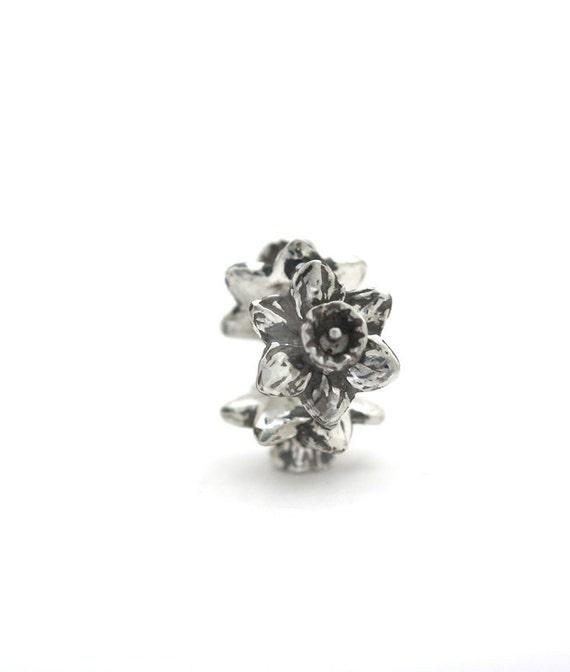 ARTISAN Daffodils handmade silver CHARM for European bracelet spacer large hole bead