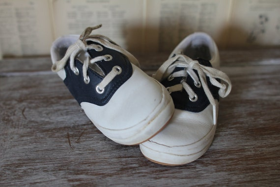 Vintage Saddle Oxfords Keds Kids Shoes Retro Black and White Lace up Tennis Shoes Sneakers Trainers Size 6 1/2 Easter Shoes