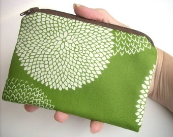 Little Zipper pouch Coin Purse Gadget Case ECO Friendly Padded Earth Green Leaf