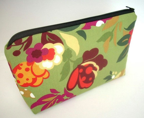 SALE 50% OFF Green Cosmetic Bag Large Padded Flat bottom zipper pouch - Dill Garden