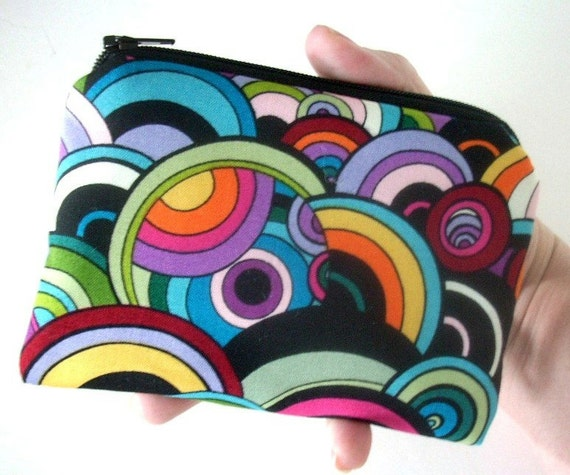 Retro Zipper Pouch Padded Eco Friendly Little Coin Purse Ipod Case - Retro Swirl Bubble
