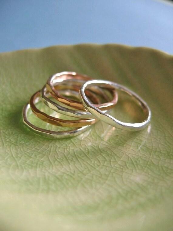 Organic Stacking Rings