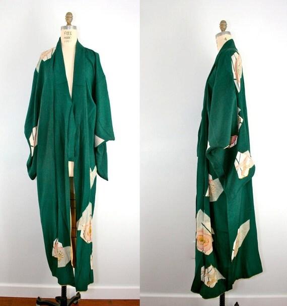R E S E R V E D . vintage . silk . kimono . PINE ROSE . green